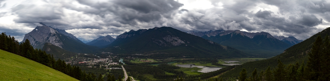 Pano_over _Banff....16photos_low